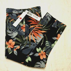 NWT Pull on Capris Tropical Tribal Jeans (2203)…